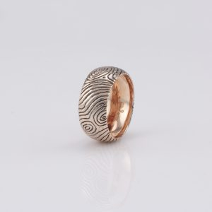 Tree Bark Textured Red Gold Gentlemen's Ring 10 Ants Jewellery